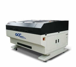 X500III Laser Cutter Demo Maschine
